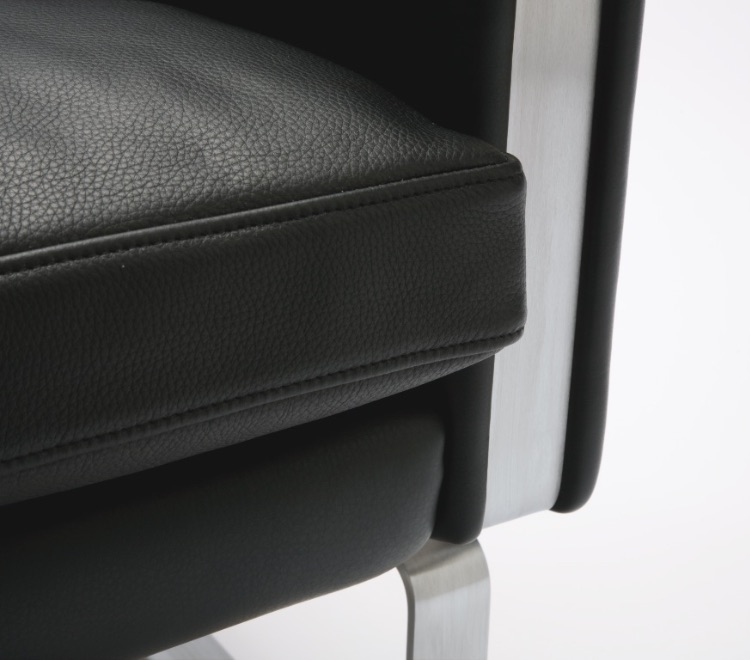 CH100 Series Lounge Seating close up of stainless steel frame